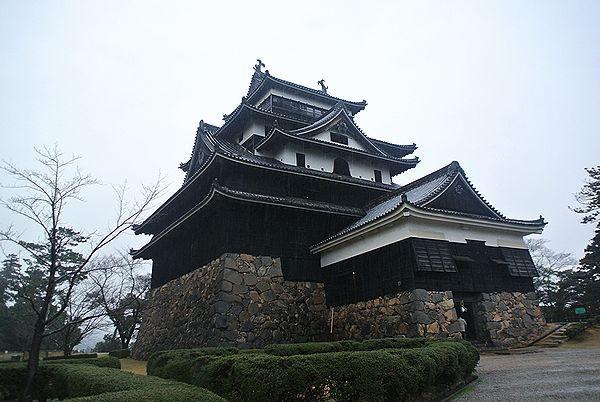 1228_1520_castle